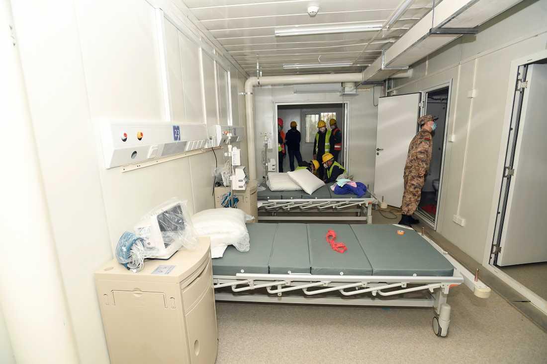 Sjukhuset består av moduler och varje modul har två vårdplatser.