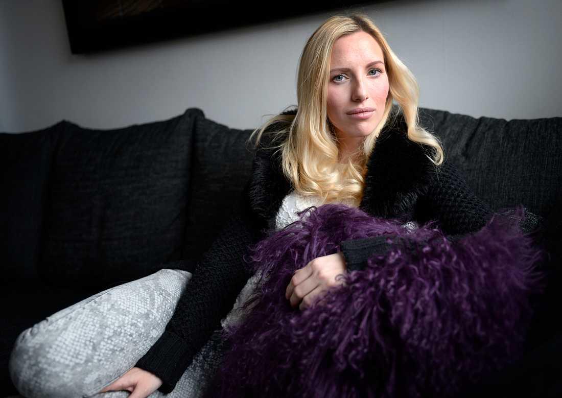 LIDER AV EMETOFOBI  Cecilia Lindecrantz lider liksom många andra svenskar av svår fobi för att kräkas. En fobi som gör att hennes liv begränsas
