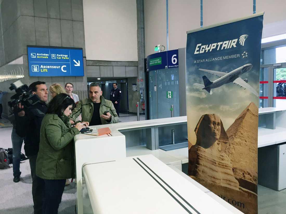 Incheckningsdisken på Charles de Gaulle-flygplatsen i Paris.