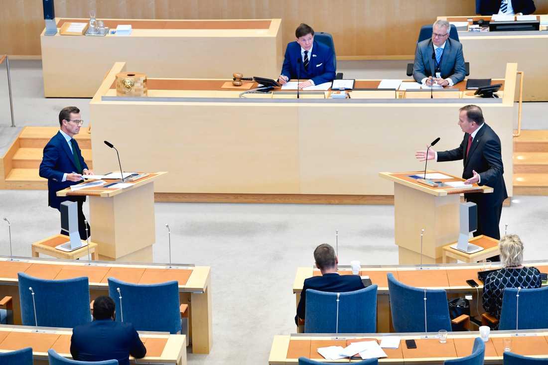 Den 18 november var det tänkt att partiledarna skulle debattera EU-frågor i riksdagen. Arkivbild.