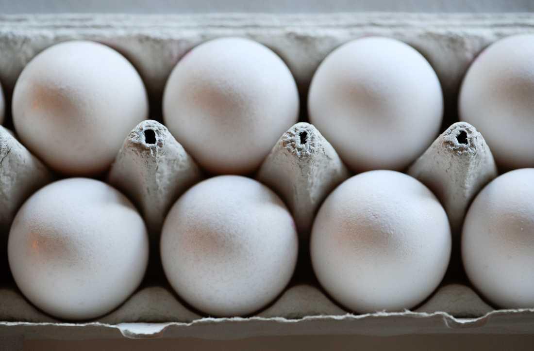 En matbutik i Lindome inför 18-årsgräns som en konsekvens av de senaste veckornas äggkastning. Arkivbild.