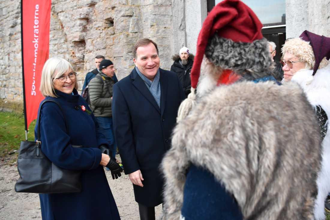 Statsminister Stefan Löfven med sin fru Ulla Löfven i Visby.