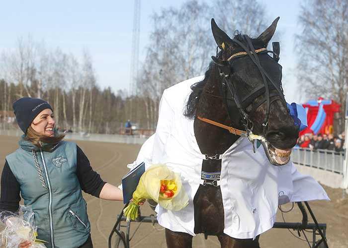 Maja Bäckman och On Track Piraten.