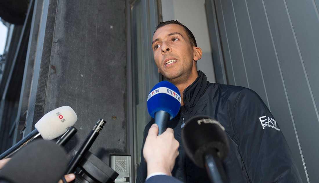 Mohamed Abdeslam, bror till självmordsbombaren Ibrahim Abdeslam, 31. Greps men släpptes kort därefter.