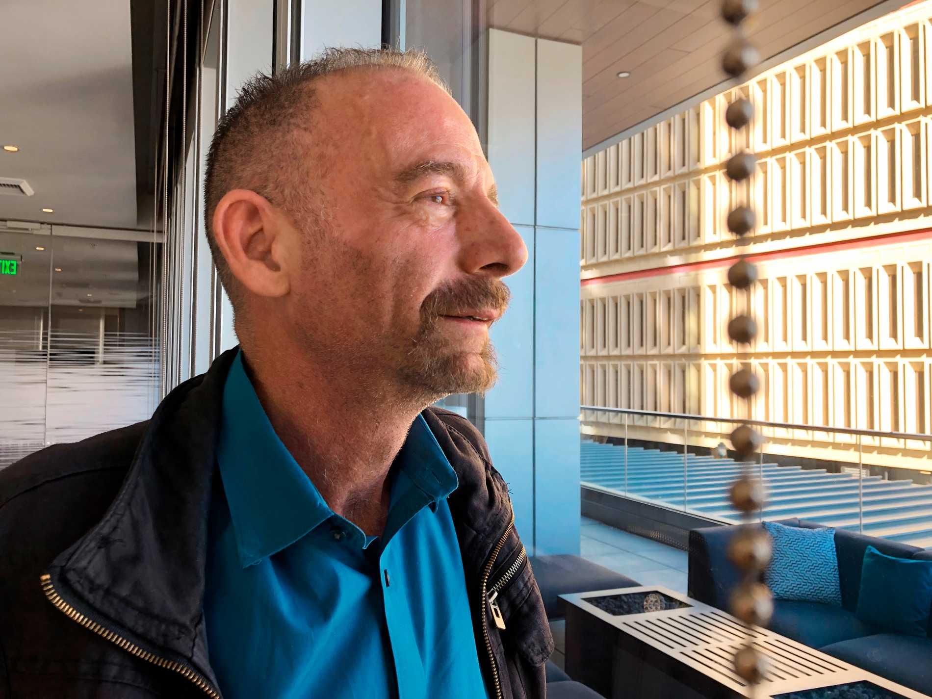 Timothy Brown, även känd som Berlinpatienten, var den förste personen som friskförklarades efter att ha smittats av hiv. Nu har en andra person friskförklarats.