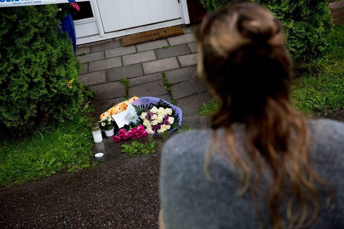 Den nioåriga flickan knivskars till döds i Bålsta.