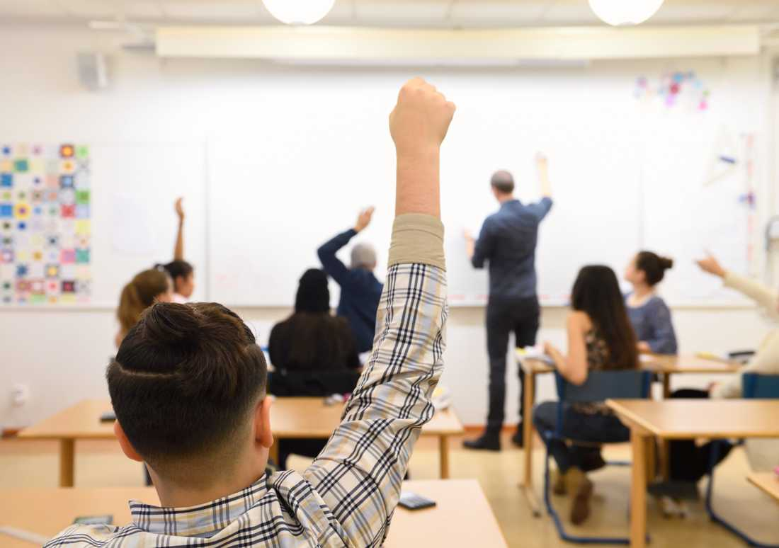Skolverket satsar på ett stödmaterial för att obehöriga lärare ska få hjälp i sin yrkesroll. Arkivbild.