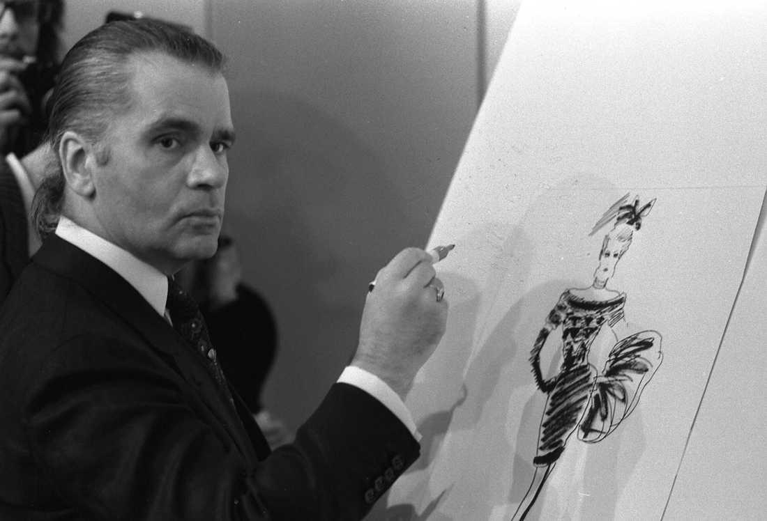 Karl Lagerfeld ritar för märket Klaus Steilmann 1987