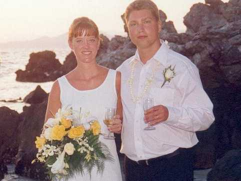 När Carolina Mattsén gifte sig med Joakim trodde hon det skulle vara för alltid. Men han gick bort i en hjärtsjukdom. Nu försöker hon hitta ett sätt att gå vidare.