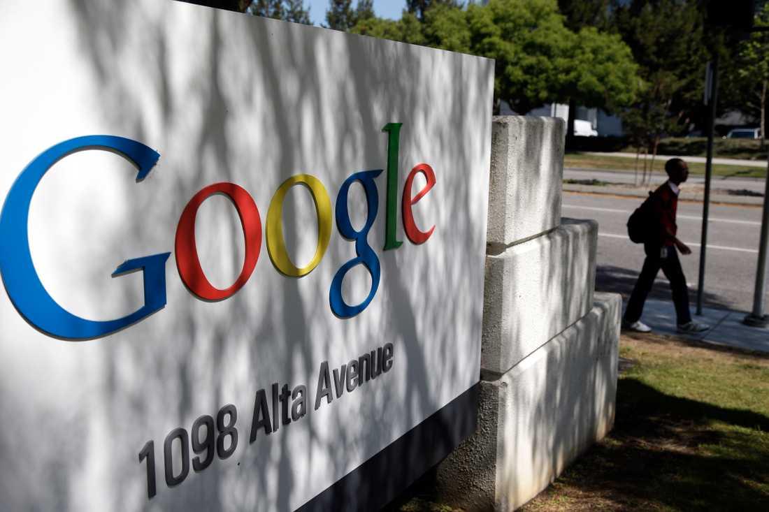 """Ett beslut i EU-domstolen i våras om människors rätt att försvinna på nätet tvingade Google att införa ett """"glöm mig""""-formulär där en person kan anmäla att innehåll ska tas bort från sökmotorn."""