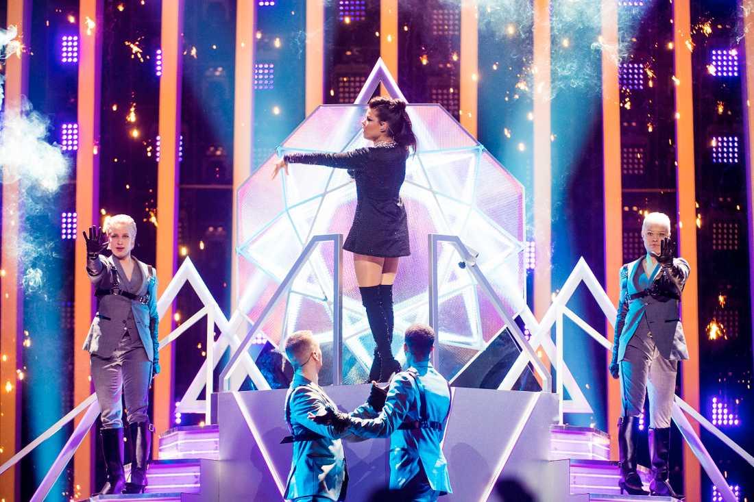Saara Aalto under Eurovision.
