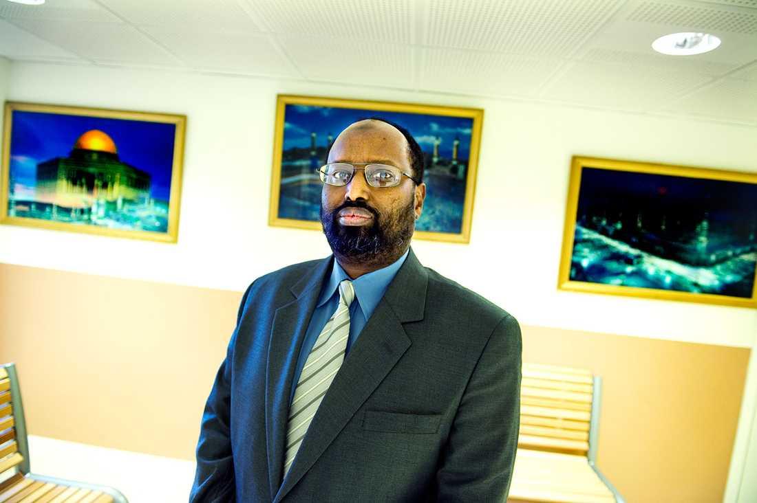 Römosseskolans rektor Abdirizak Waberis antidemokratiska uppfattningar är inte förbjudna men har ingen plats i den svenska skolundervisningen.