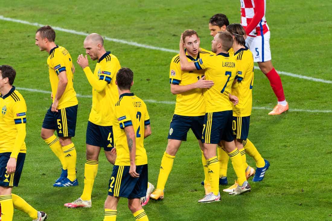 Dejan Kulusevski gör 1–0 mot Kroatien.