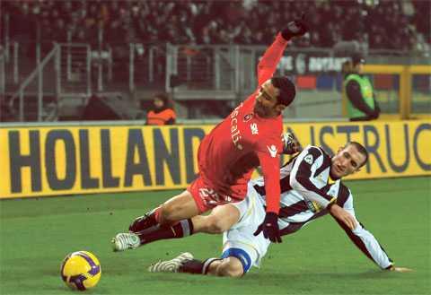 Frälsare Giorgio Chiellini har varit lysande den här säsongen, men mot Cagliari haltade han av, och utan honom kommer Juventus få det mycket svårt enligt Simon Bank.
