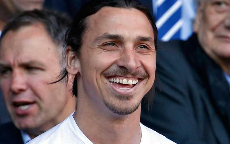 Zlatan Ibrahimovic på läktaren häromdagen när PSG spelade.