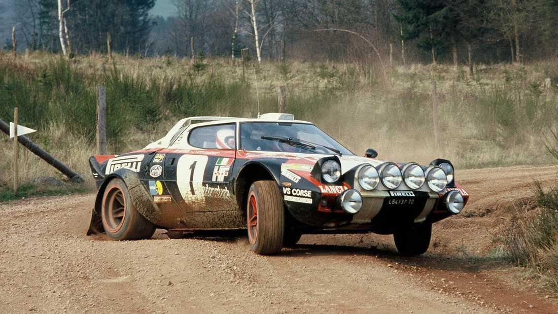 Lancia Stratos som vi är vana att se den - på rallybanan.