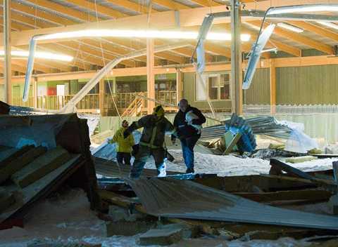Nyköping Det fanns 1 648 kaninen där inne i Rosvalla tennishall när taket rasade in.