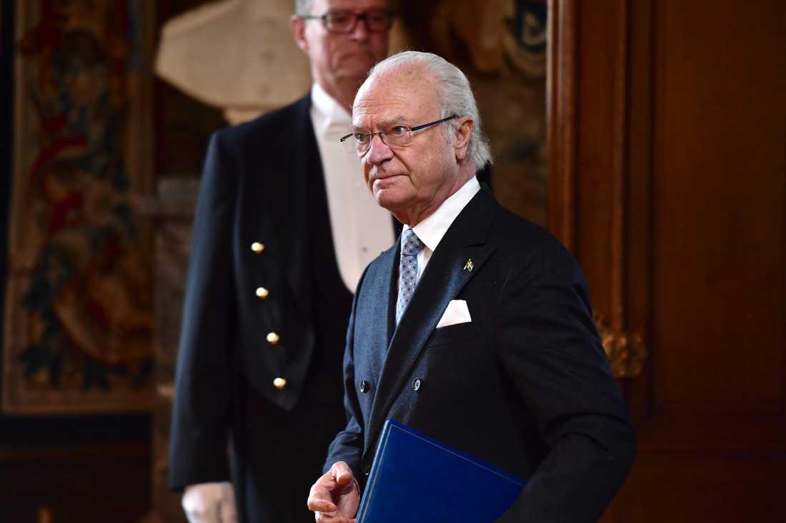 Kung Carl XVI Gustaf har tagit initiativet till en tv-sänd minnesgudstjänst för pandemins offer. Arkivbild.