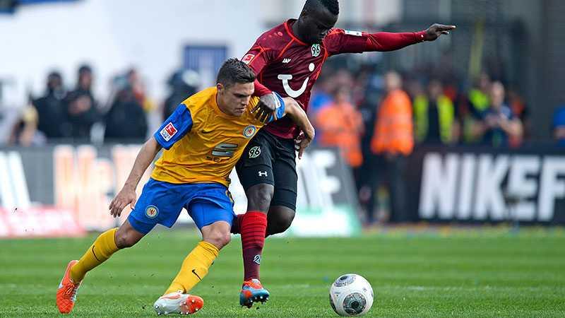 Braunschweig besegrade Hannover med 3-0.