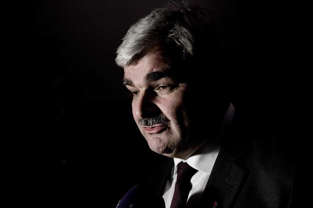 I mitten av oktober 2011 pågick drevet mot S-ledaren som värst.