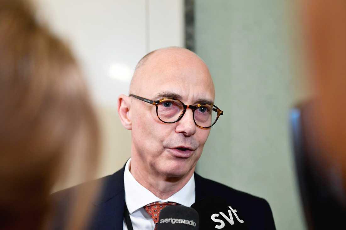 Rikard Larsson (S) vill ha med så många partier som möjligt på uppgörelsen om den nya migrationspolitiken. Men V och SD står för långt ifrån övriga partier för att kunna vara med, anser han. Arkivbild.