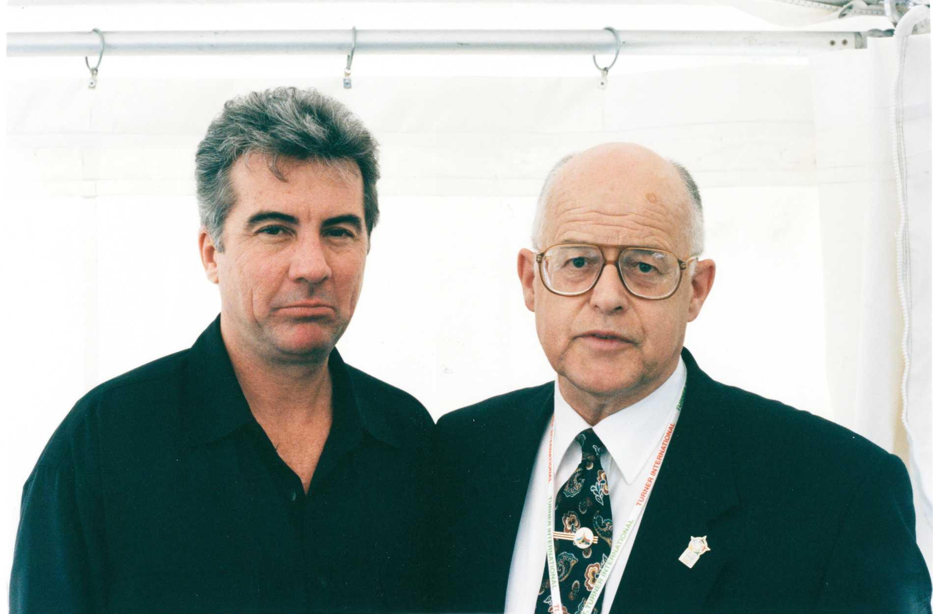 KG Björkman ihop med programledaren John Walsh 1995.