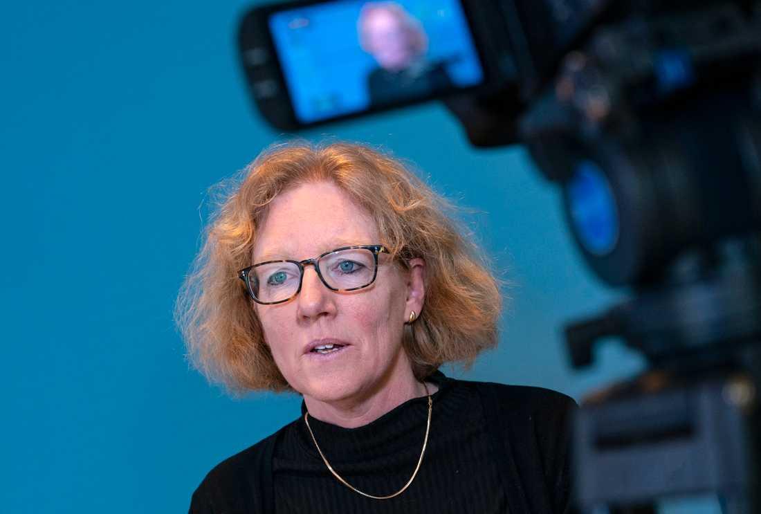 Eva Melander, smittskyddsläkare, vid Region Skånes pressträff.