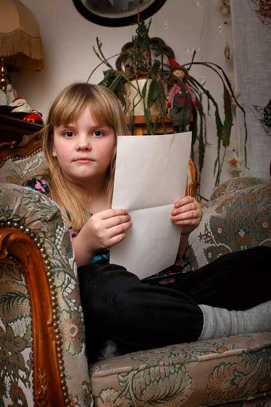 Engagerade sig Rode Ärlebrant, 7, fick svar på sitt brev av statsminister Fredrik Reinfeldt.