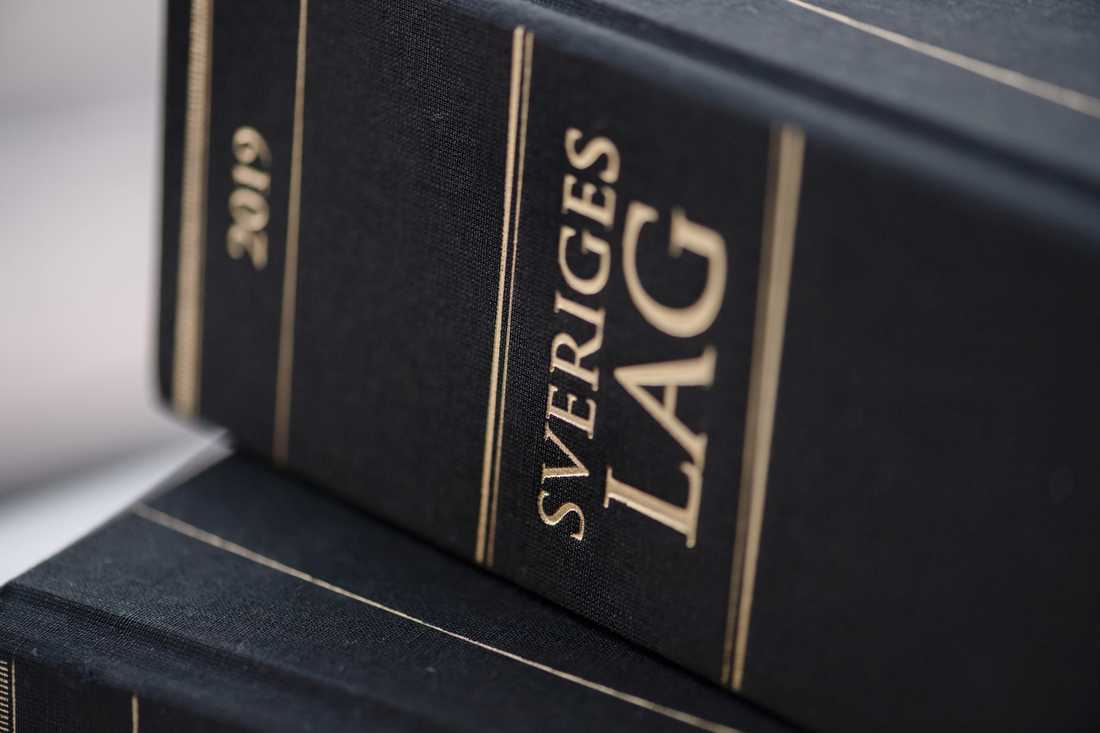 En före detta högstadielärare i Kronobergs län har dömts för sexuellt ofredande. Arkivbild.