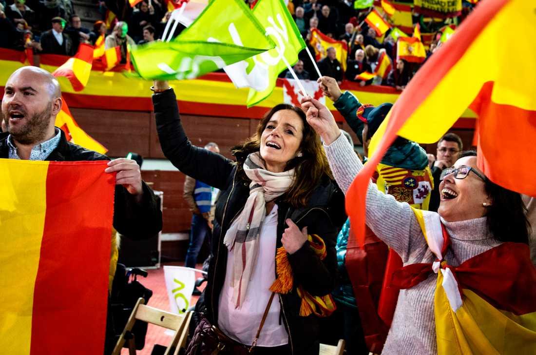 Valmötet i Madrid hålls i en före detta tjurfäktningsarena.