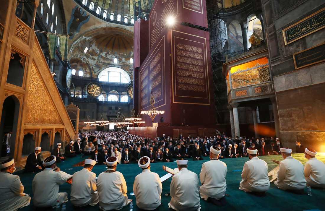 Bönestund i Hagia Sofia i Istanbul, med bland andra Turkiets president Recep Tayyip Erdogan.