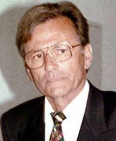 En odaterad bild av den tyske läkaren Dieter Krombach.