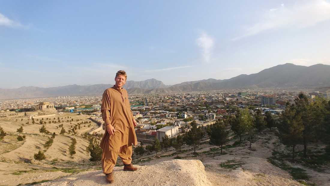 Gunnar har slagit rekord som första människan att besöka alla världens länder två gånger om. Här är han i Afghanistan.