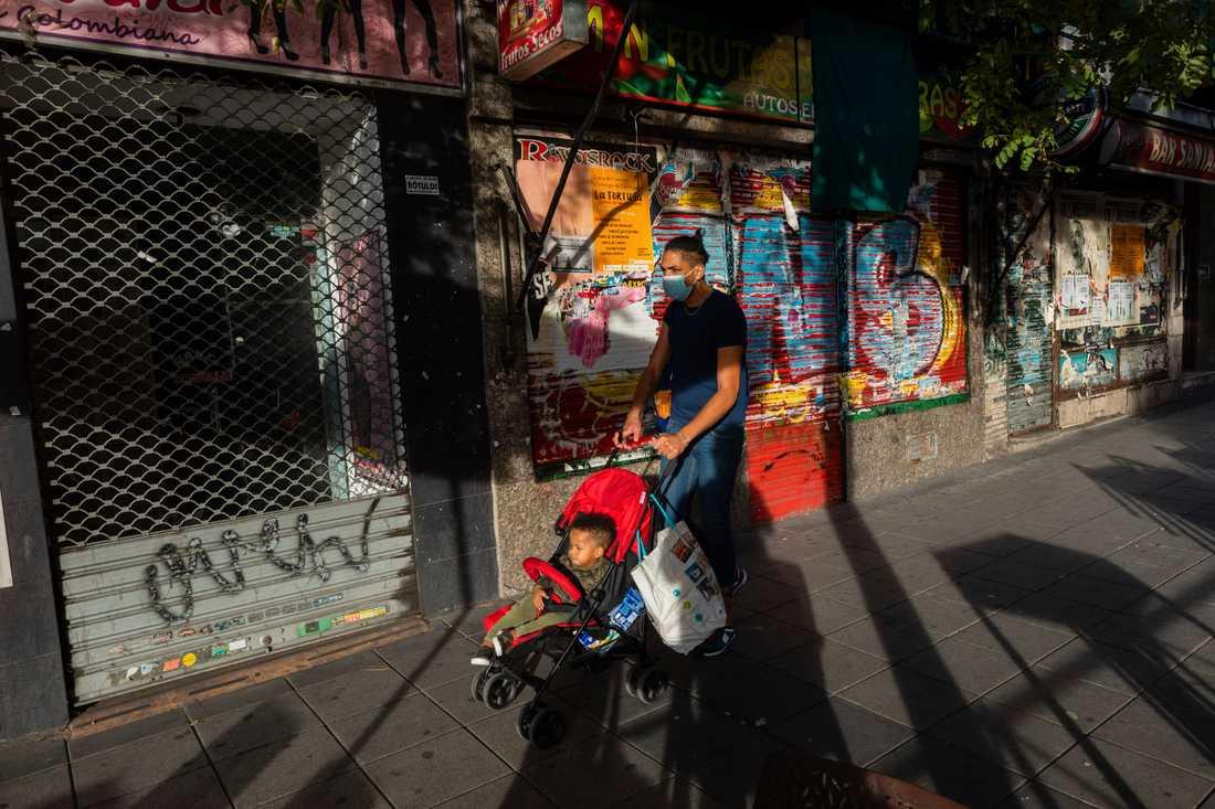 Fler boende i Madrid omfattas nu av restriktioner. Arkivbild.