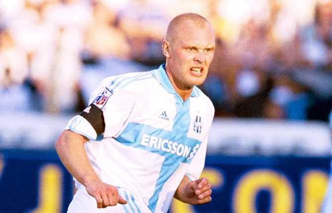 Näst sista klubben under sina år i fotbolls-Europa blev franska Olympique Marseille, där Klas spelade 2000-2001.