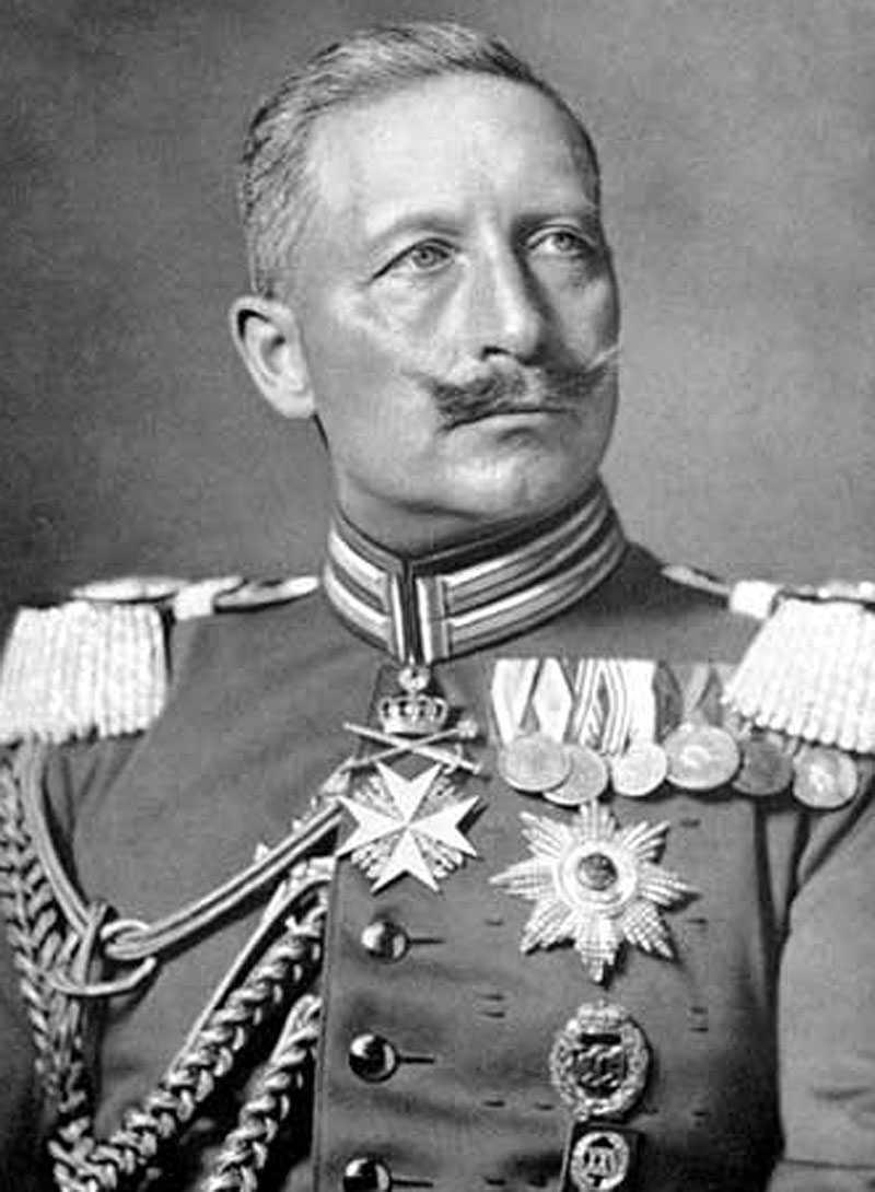 ...och här är förebilden: Wilhelm II - med sina mustascher.