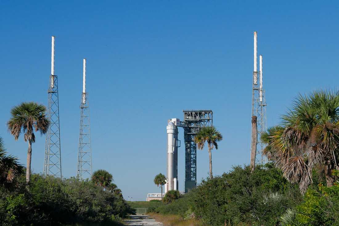 Raketen Atlas 5 står redo för att skjuta upp Starliner-kapseln denna vecka.