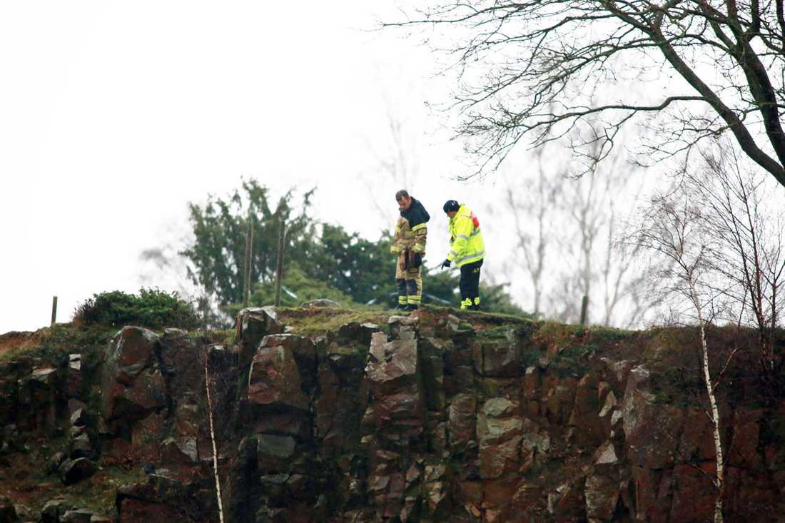 Jonas Runnemark kastade sin fru och bebis utför stupet till det öde stenbrottet.