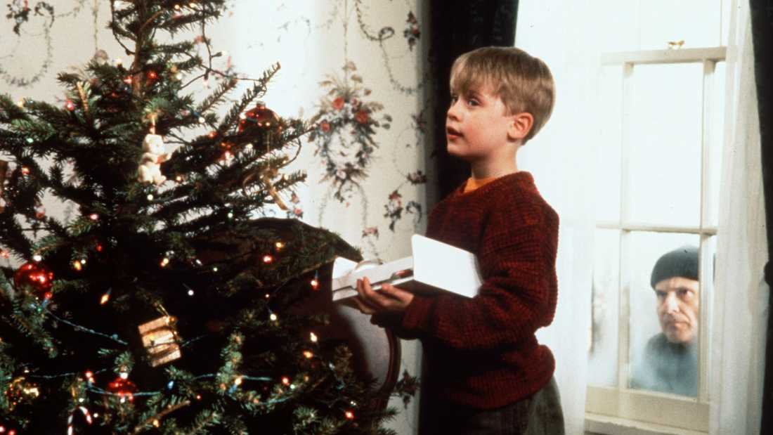"Macaulay Culkin och Joe Pesci i ""Ensam hemma""."