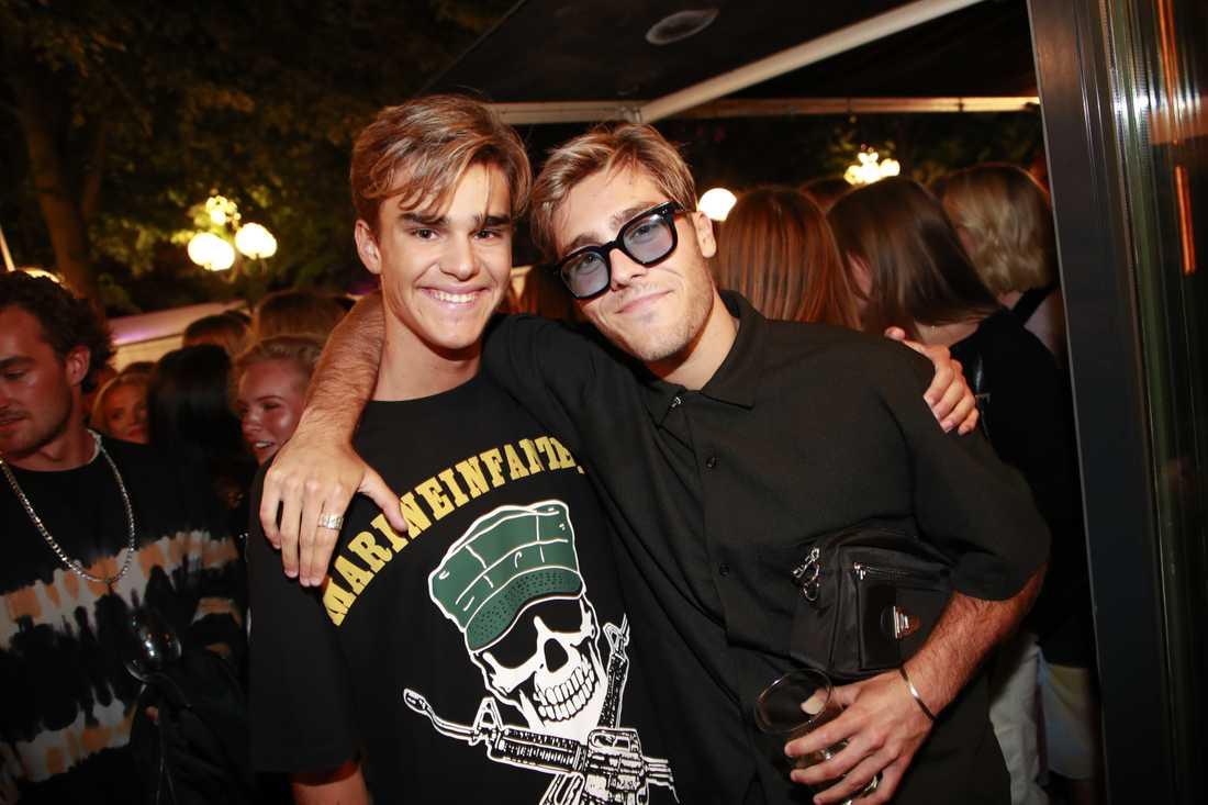 Benjamin Ingrosso och vän.