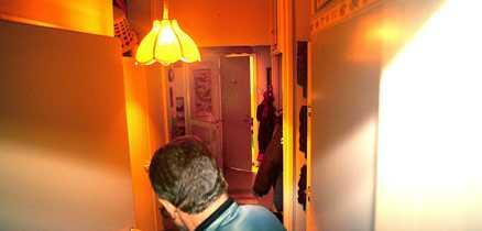 Bröt sig in Polisen tvingades bryta sig in i lägenheten där Juha Valjakkala befann sig.