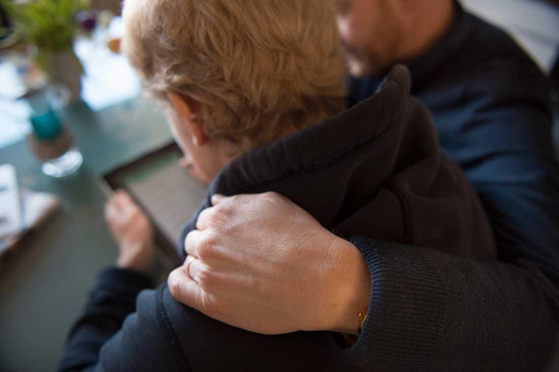 På nätet kan man få kontakt med människor med liknande erfarenheter av förlust. Arkivbild.