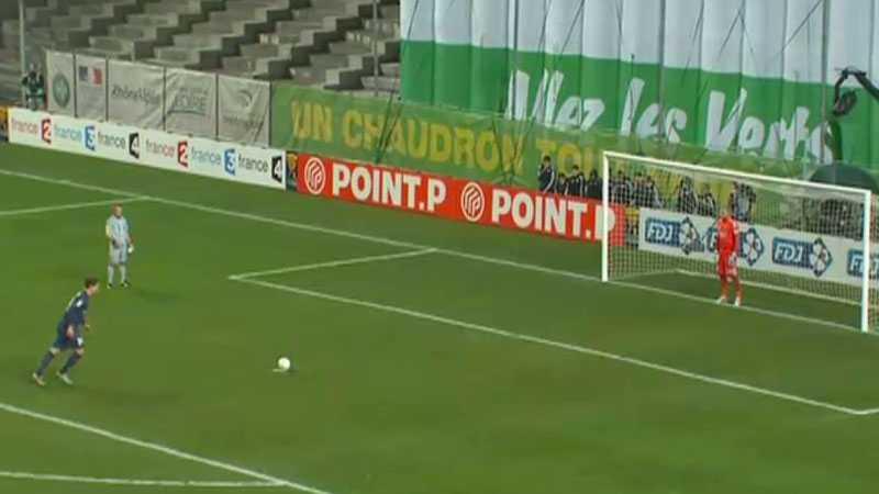 ISKALL Zlatan var först ut av PSG:s straffskyttar - och svensken var iskall.