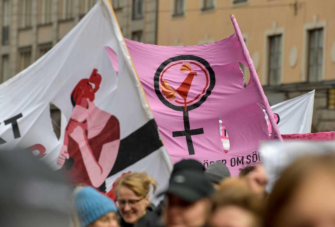 Förra årets demonstrationståg genom centrala Stockholm på internationella kvinnodagen. Arkivbild.