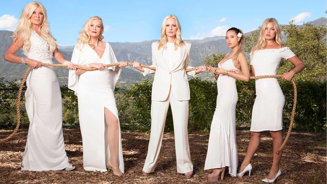 Svenska Hollywoodfruar 2017, från vänster Maria Montazami, Gunilla Persson,  Isabel Adrian, Elena Belle och Jennifer Åkerman.