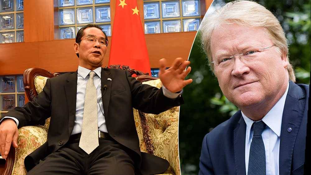 Det naturliga för den svenska regeringen borde vara att överväga att kalla hem ambassadören i Kina, och som en yttersta åtgärd, förklara den kinesiske ambassadören i Stockholm som icke önskvärd, skriver Lars Adaktusson (KD).