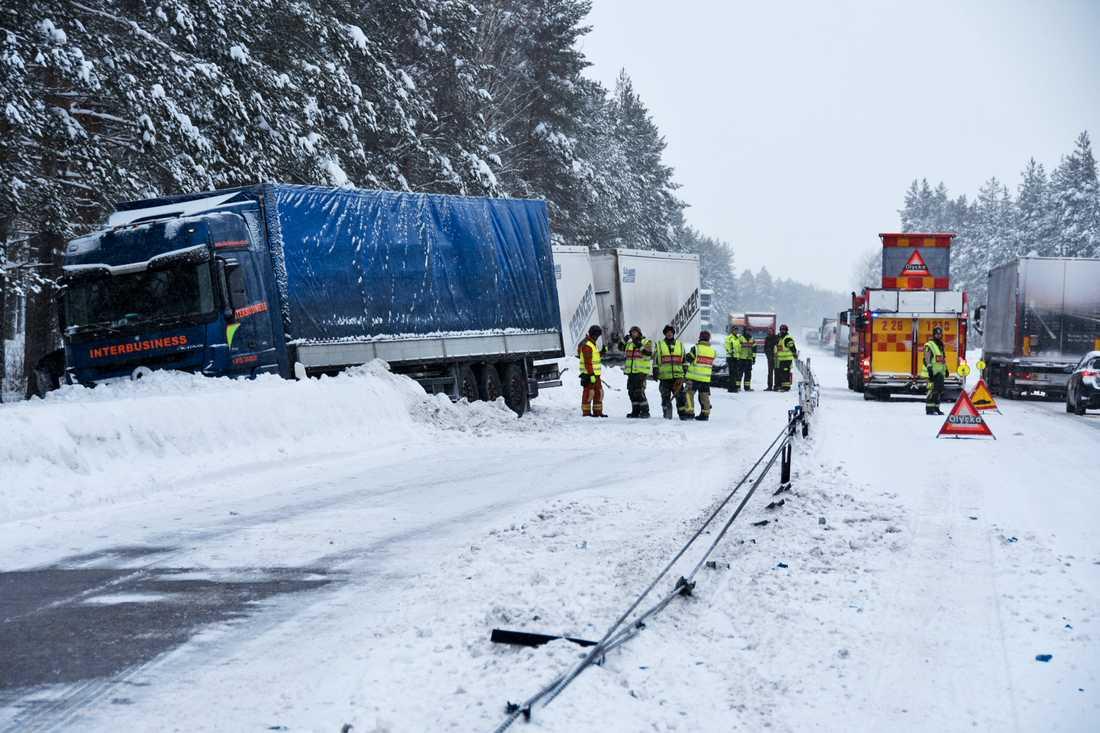 Olycka vid Axmartavlan norr om Gävle.