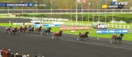 Quarcio Du Chene tog en överlägsen seger på Vincennes.