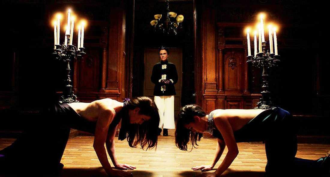 """""""Ceremonin"""" - en dokumentär om sadomasochism med författarinnan Catherine Robbe-Grillet i centrum."""