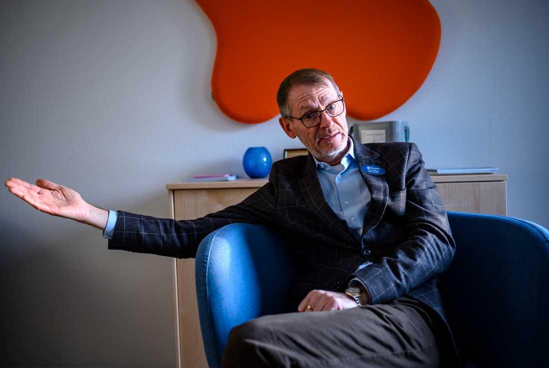 """Jonas Rydberg, kommunchef Östra Göinge, skulle gärna se ett kommunalt övertagande av Arbetsförmedlingen på sikt. """"Det vore bättre om vi fick ta ansvaret lokalt genom någon form av avtal med staten"""", säger han."""
